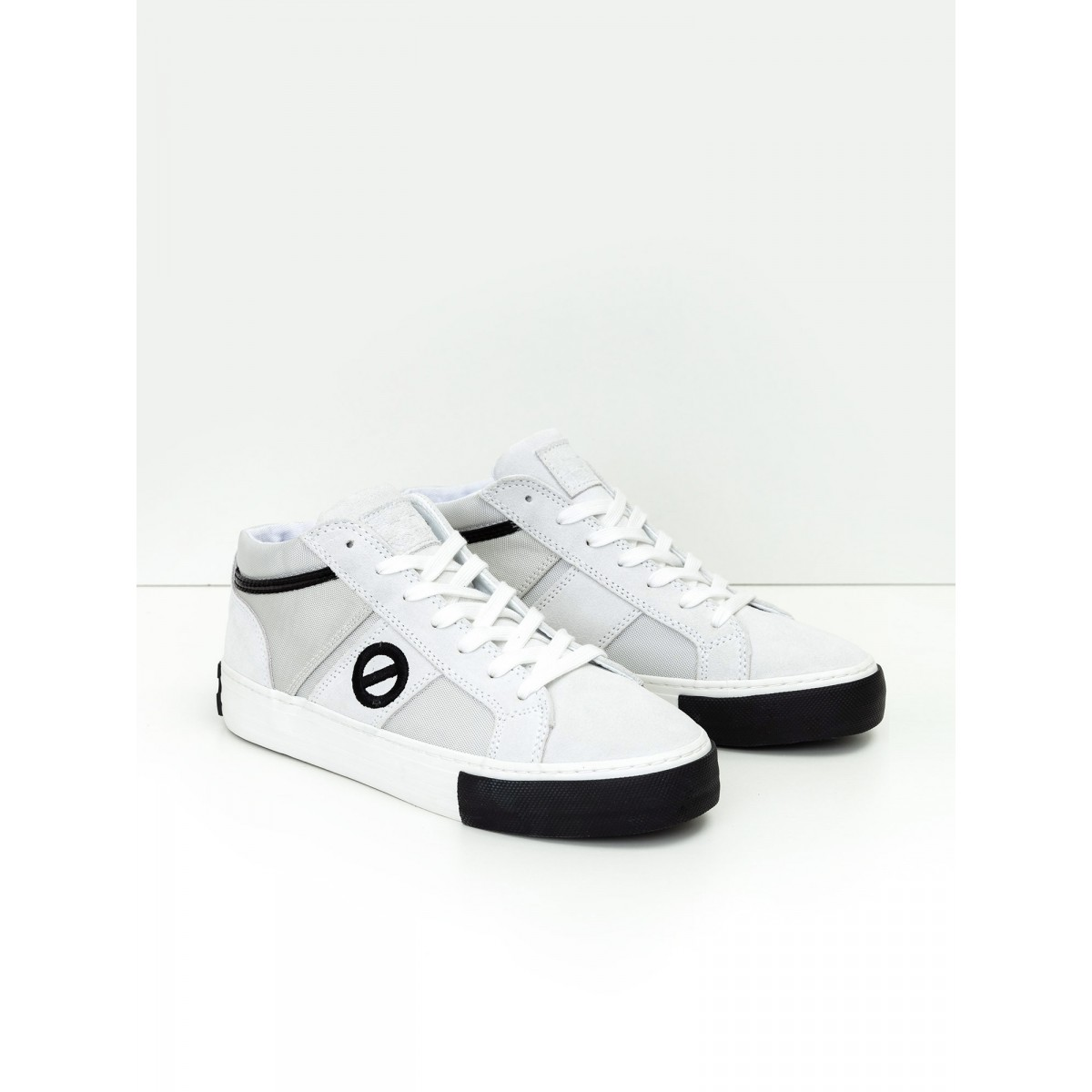 No Name Arcade Basket - Suede/Nylon - White/White